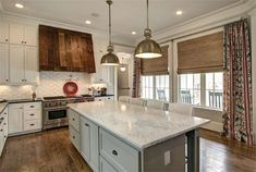 The property 74 N Bay Blvd, The Woodlands, TX 77380 is currently not for sale on Zillow. View details, sales history and Zestimate data for this property on Zillow. Huge Kitchen, House Design, Home, Houston Real Estate, New Homes, Kitchen, Home Kitchens, Kitchen Styling, Kitchen Butlers Pantry