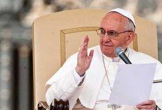 La Iglesia debe tener coraje y no debe ser de tibios, dice el Papa