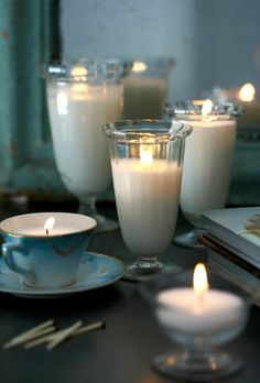 Make candles yourself: make something very special out of old candle scraps Shell Candles, Old Candles, Candle Wax, Diy Candles With Crayons, Diy Crayons, Creation Bougie, Cup And Saucer Crafts, Diy Candles Scented, Beautiful Candles
