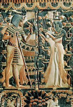 Tutankhamun and Ankhesenamun in a garden Painted ivory plaque from the lid of a coffer showing Tutankhamun and his wife Ankhesenamun in a garden. From the Tomb of Tutankhamun Now in the. Ancient Egypt Art, Old Egypt, Ancient Artifacts, Ancient History, Cairo Egypt, European History, Ancient Aliens, Ancient Greece, American History