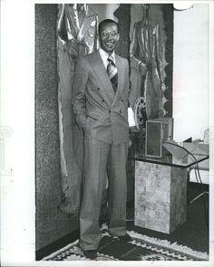 1977 Press Photo Ted Brooks LeMans fashion tweed suit | eBay