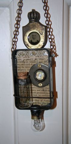 Steampunk Shrine by Lesley Venable.  This class is being taught at Artiscape in April, 2012