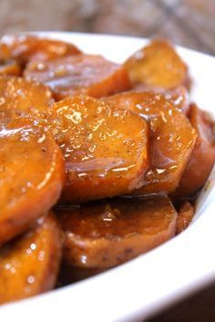 It's been a long time coming, but the time is here- and I MUST share my recipe for some good old fashioned baked candied yams, soul food style! I… (Soul Food Recipes) Slow Cooker Recipes, Crockpot Recipes, Cooking Recipes, Yam Recipes, Vegan Soul Food Recipes, Soul Food Meals, Healthy Recipes, Cooking Yams, Lima Bean Recipes