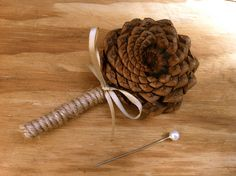 Rustic Wedding boutonniere, rustic wedding, pine cone wedding, fall weddings, forest wedding, pine cone boutonniere, lapel pin. $12.00, via Etsy.