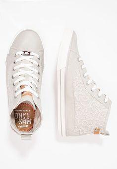 Nilson Shoes Sneakers VAGABOND, ZOE SLIP ON Nubuck Svart | Skor