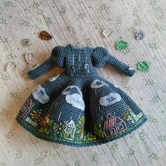 Image gallery – Page 579134833307005026 – Artofit Crochet Doll Dress, Crochet Doll Clothes, Crochet Doll Pattern, Knitted Dolls, Doll Clothes Patterns, Doll Patterns, Crochet Patterns, Amigurumi Patterns, Amigurumi Doll