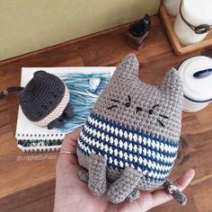 Crochet by HainさんはInstagramを利用しています:「Gray cat Pattern by @bigbebez . #crochet #handmade #amigurumi #yarnlove #yarn #手編み #編み物 #あみぐるみ #手作り #いぬ #cute #可愛い #handmadecrochet #猫…」