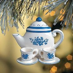 Friendship Teapot Ornament & Card - of all the riches we could spend none is greater than the treasure of a friend Christmas Tea, Christmas Tree Ornaments, Christmas Decorations, Holiday Decor, Christmas Kitchen, Christmas Things, White Christmas, Friendship Ornaments, Teacup Crafts