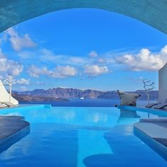Ep 47. Santorini is one of the most amazing places to visit on a holiday in…