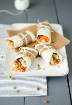 Wraps houmous, carottes, poulet {et plein d'autres choses dedans!}