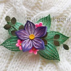 Quilling brooch? Why not? ... Квиллинговая брошка? А почему бы и нет? ... #quilling #quilled #flowers #flowerlover #creative #paperart #paperflowers