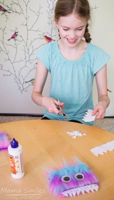 DIY Harry Potter Monster Book of Monsters Tutorial, DIY and Crafts, How to make Harry Potter inspired Monster Book of Monsters. These make great handmade gifts, and the customization step makes a fun party activity. Harry Potter Monster Book, Monster Book Of Monsters, Harry Potter Theme, Harry Potter Birthday, Harry Potter Diy, Party Activities, Fun Activities For Kids, Crafts For Kids, Monster Activities