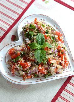 Ensalada de quinoa con menta y perejil