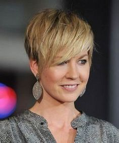 Bildergebnis für Short Hair Styles For Women Over 40