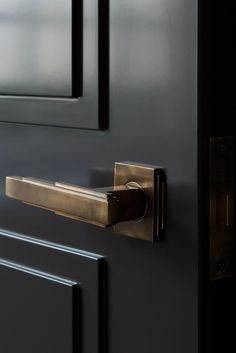 Black Door Hardware Interior Brass 53 New Ideas Black Interior Doors, Black Doors, Interior Walls, Architecture Restaurant, Art Deco Door, Black Door Handles, Black Door Hardware, Brass Hardware, Door Detail