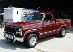 This super clean Ranger XLT was parked in the swap meet area of the Clarksville show. Didn't even notice what they were selling, too busy admiring how clean this truck was. 1979 Ford Truck, Old Ford Trucks, Ford Pickup Trucks, F650 Trucks, 4x4 Trucks, Diesel Trucks, Custom Trucks, Lifted Trucks, Single Cab Trucks