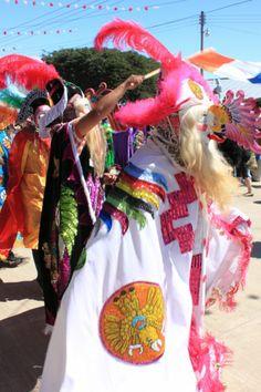 Cuidado con los chicotazos! Carnaval Huayacocotla, Veracruz, Mexico