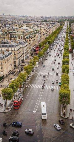 Av dês Champs Élysées