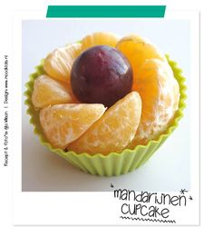 who said cupcakes can't be healthy? Snacks Für Party, Fruit Snacks, Cute Food, Good Food, Yummy Food, Boite A Lunch, Food Garnishes, Food Decoration, Food Crafts