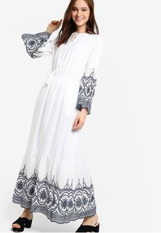 Embroidered Peasant Dress from Zalia in white_1