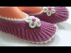 Dowry Two Chicks - Sehr stylische, einfache Booties für Videoaufnahmen . Baby Knitting Patterns, Knitting Stiches, Knitting Videos, Hand Knitting, Crochet Patterns, Knitted Slippers, Knitted Hats, Crochet Shoes, Baby Boots