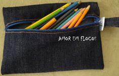 Amor em Flocos: Bolsinha Jeans para Lápis