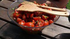 Rajčata v estragonu | foto: Anna Hyžová