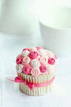 Little Rose Cupcake