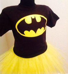 Batgirl inspirado set de Tutu y el cabo en amarillo y negro