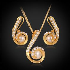 Pearl Necklace Set Women 18K Real Gold Plated Round White Pearl Necklace Earrings Party Jewelry Sets