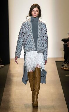 BCBG Max Azria - NYFW Fall/Winter 2015-2016 - www.so-sophisticated.com