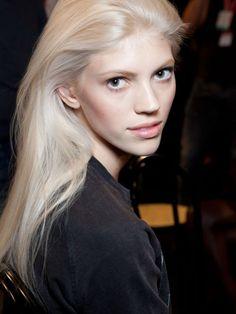 Devon Windsor platinum blonde hair colour inspiration: http://beautyeditor.ca/2014/07/09/platinum-hair-at-home/