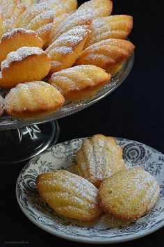 Con sabor a canela: Madeleines Cookie Desserts, Cookie Recipes, Dessert Recipes, Mexican Sweet Breads, Mexican Food Recipes, Pan Dulce, Dessert Bread, Cupcake Cakes, Bakery