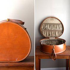 Vintage Samsonite Hat Box Round Luggage Style by CaprockVintage, $68.00