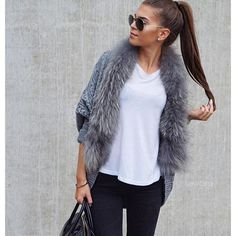 """KEEP IT SIMPLE SkinnyJeans + #Cardigan with fur = perfect Autumn outfit. Thx @ivanikolina  #welovefurs #cardigan #strickjacke #pelz #fur  Cardigan: http://www.welovefurs.com/en/furvests/113-cardigan-with-fur-collar.html"