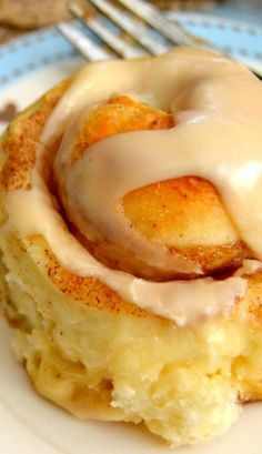 The Best One Hour Cinnamon Rolls Turned out very GOOD, make again, took about hours start to finish with a little extra raising time. Breakfast Recipes, Dessert Recipes, Desserts, Breakfast Ideas, Bread Rolls, Cinnamon Rolls, Cinnamon Recipes, Sweet Bread, Baked Goods