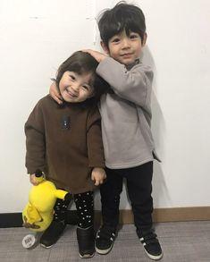 @savagebabez Cute Asian Babies, Korean Babies, Asian Kids, Cute Babies, So Cute Baby, Cute Kids, Dad Baby, Baby Kids, Baby Boy