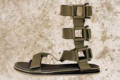 Camper To&Ether mit Bernhard Willhelm Flip Flop Sandals, Flip Flops, Sport Sandals, Gladiator Sandals, Camper, Dj, Shoes, Chic, Fashion