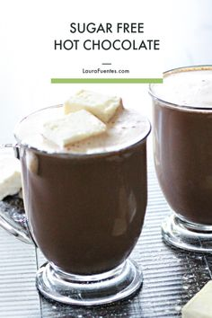A sugar-free hot chocolate recipe without artificial ingredients? It's delicious and guilt-free! Fall Recipes, Real Food Recipes, Holiday Recipes, Snack Recipes, Yummy Food, Yummy Eats, Drink Recipes, Sugar Free Hot Chocolate, Hot Chocolate Recipes
