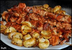 ...s medom, chilli, talianskymi bylinkami a slaninou. Inšpiráciou mi bol tento perfektný recept ...ďakujem :) Suroviny kuracie mäs...