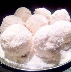 ΜΑΓΕΙΡΙΚΗ ΚΑΙ ΣΥΝΤΑΓΕΣ 2: Πάστες χιονούλα !!! Cookbook Recipes, Cooking Recipes, Sugar, Food, Cakes, Pies, Chef Recipes, Kuchen, Torte