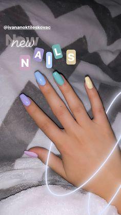 Henna Nails, Dry Nails, Cute Nails, Pretty Nails, Summer Gel Nails, Nail Salon Design, Square Nail Designs, Acylic Nails, Homemade Lip Balm