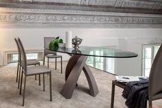 Tavolo Metropolis 150x112 ovale vetro grigio fumè trasparente Scab ...