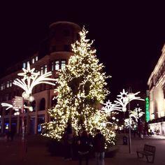 Xmas in the city. #Cologne #Xmas #XmasTree #Christmas #City...