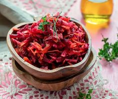 Quick & Healthy Beetroot Subzi for You Tiffin: This article shares a healthy beetroot recipe. Together with whole wheat chapatis this beetroot subzi is a great choice for those with high blood pressure. Healthy Indian Recipes, New Recipes, Ethnic Recipes, Raw Beets, Carrot Salad, Spring Salad, Holistic Nutrition, Vegetable Side Dishes, Vegetarian