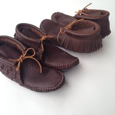 Woven and Fringe mocha moccasins. Shoe Boots, Shoes, Mocha, Hand Sewing, Pairs, Flats, Future, Yellow, Projects