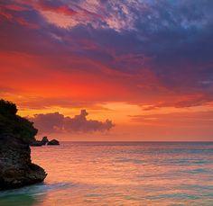 Suluban Beach - Bali, Indonesia