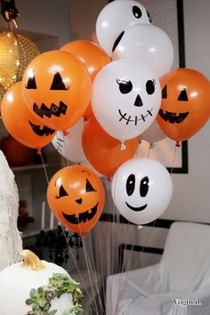 58 Creepy Decorations Ideas For A Frightening Halloween Party. If you're hosting a Halloween party, decorating your home in a spooky but fun way is essential for creating a creepy atmosphere. Comida De Halloween Ideas, Casa Halloween, Halloween Tags, Halloween Party Games, Halloween Ornaments, Holidays Halloween, Halloween Themes, Halloween Crafts, Rustic Halloween