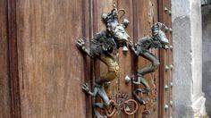 Обои Разное Ключи, замки, дверные ручки, обои для рабочего стола, фотографии разное, ключи, замки, дверные, ручки, драконы, дверь Обои для рабочего стола, скачать обои картинки заставки на рабочий стол.