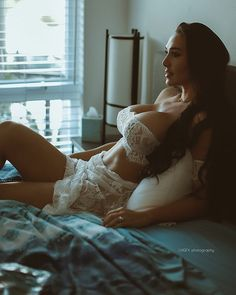 White Lingerie, Beautiful Lingerie, Leonards Photography, Aesthetic Women, Bikini Pictures, Bikini Pics, Hot Bikini, Top Photo, Sexy Body